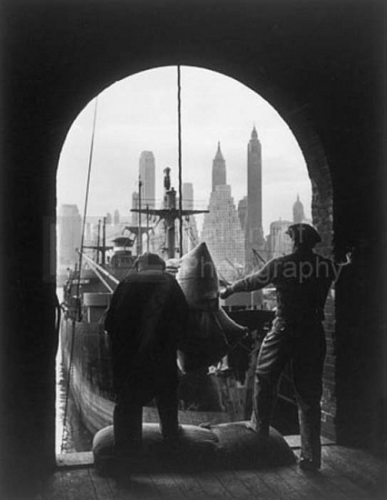 Andreas Feininger, Unloading Coffee at Brooklyn Dock, New York ca 1946, Silver Gelatin Print