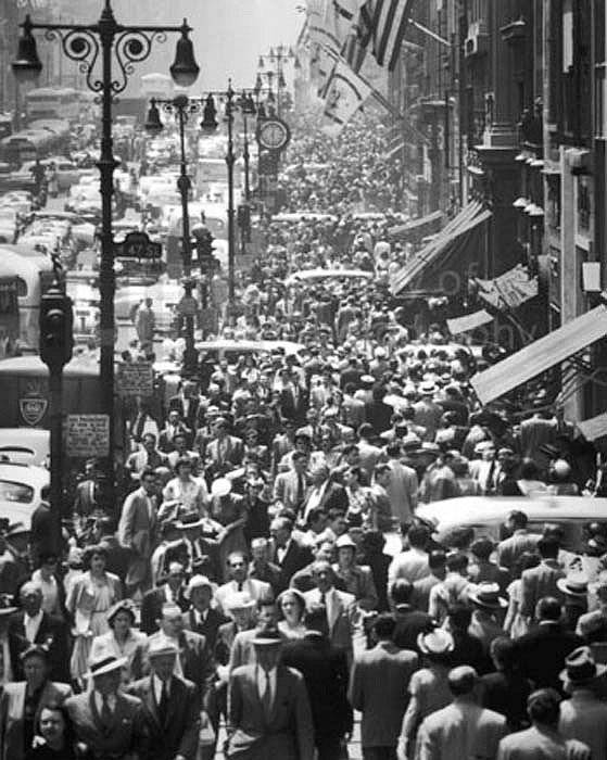 Andreas Feininger ,   Midtown Fifth Avenue During Lunch Hour, New York  ,  1948     Silver Gelatin Print ,  11 x 14 inches