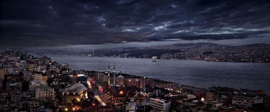 David Drebin, The Bosphorus 2011, Digital C Print
