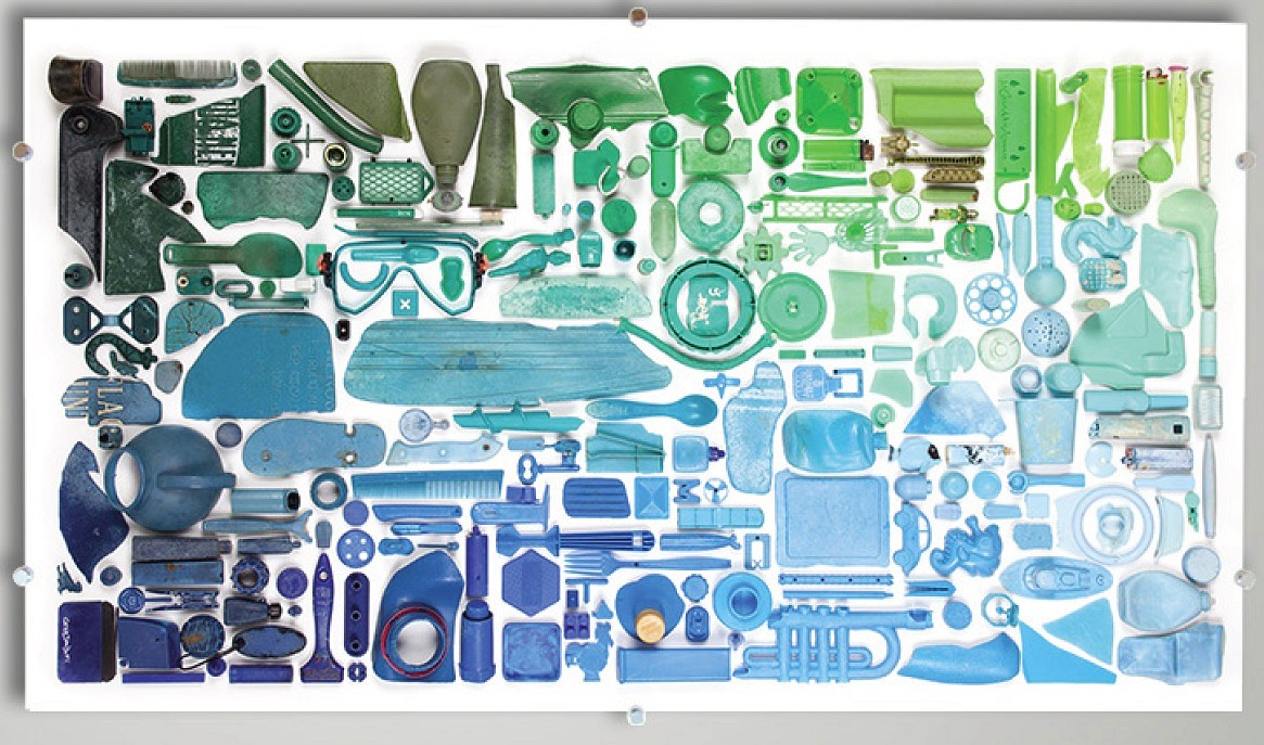 Gilles Cenazandotti ,   Cold Collage I  ,  2016     Objects Lost and Found from the Sea on Altuglass ,  36 x 55 x 8 inches